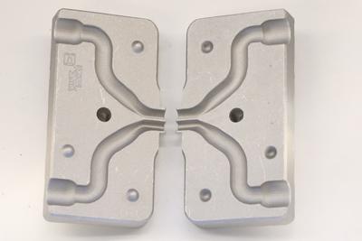 Name:  Twinadapter-Gummifische-giessen.jpg Hits: 163 Größe:  59,6 KB