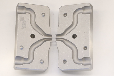 Name:  Twinadapter-Gummifische-giessen.jpg Hits: 62 Größe:  59,6 KB